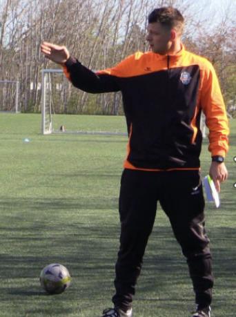 Målmandstræning hos Soccer Skills Academy Denmark. Læs meget mere om vores målmandstræning på vores hjemmeside - Få målmandstræning som en Prof.